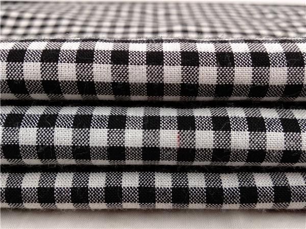 全人棉黑白格子布面料生产定制
